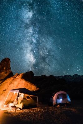 چادر-کمپ-شب-ستارگان