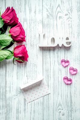 سفید-قلب-صورتی-عاشقانه-رز