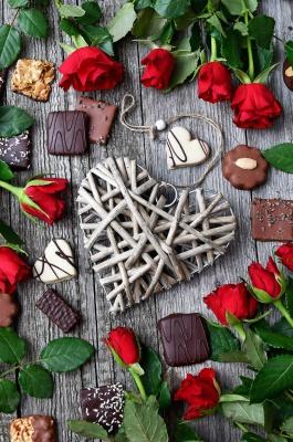 قلب-گل رز-شکلات-بیسکوییت