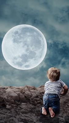 ماه-آسمان-پسر-پسر بچه