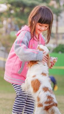 سگ-بازی-دختر-دختر بچه