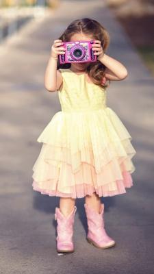 عکاسی-دختر-دختر بچه-دوربین-دوربین عکاسی