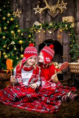 دوقلو-خواهر-خواهرانه-کریسمس-قرمز