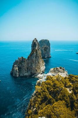 صخره-آبی
