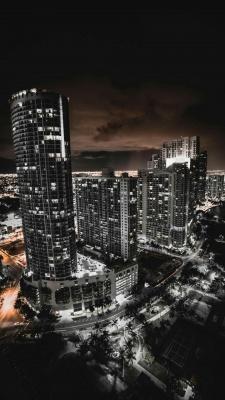 شهر-ساختمان-آسمان خراش-شب