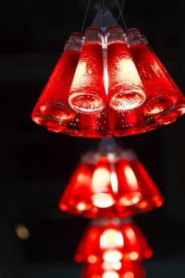 لوستر-قرمز