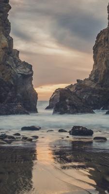 ساحل-صخره