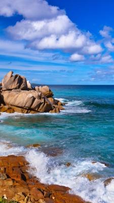 صخره-آبی-آسمان-ساحل