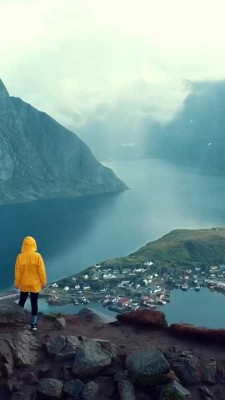 صخره-دریاچه-دختر