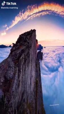 صخره-آسمان