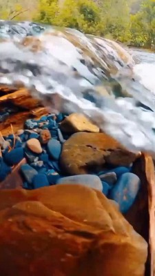 رودخانه-موج