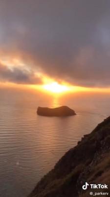 غروب-ساحل-دریا-تنهایی-صخره